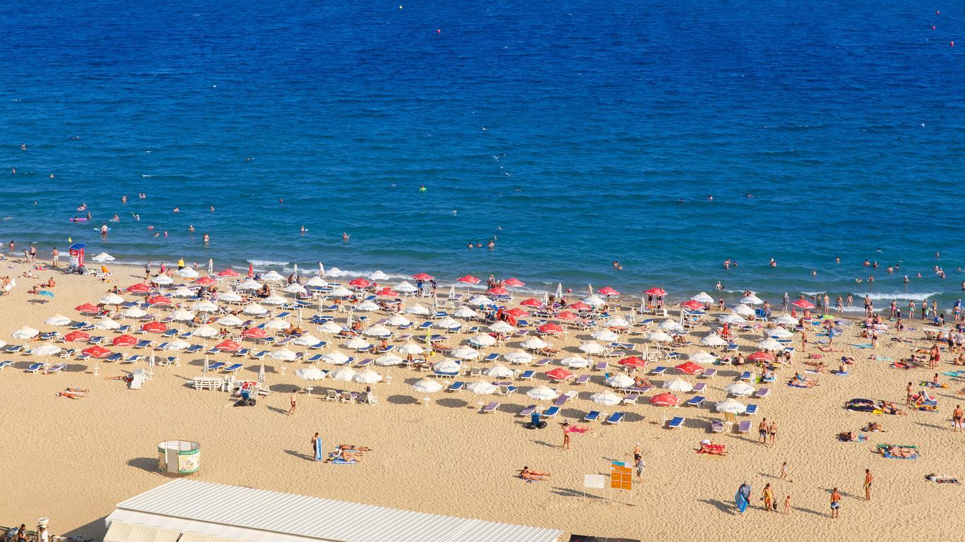 阳光海滩租车