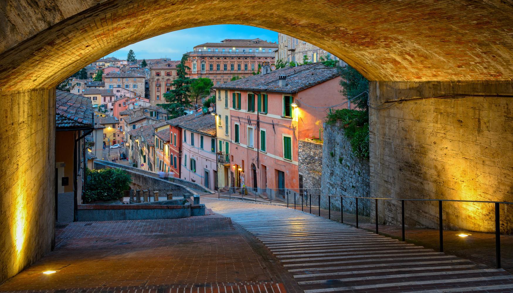 佩鲁贾 Perugia San Francesco d'Assisi - Umbria International Airport的租车