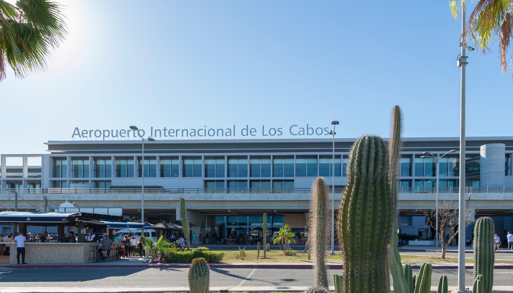 卡波圣卢卡 Los Cabos国际机场的租车