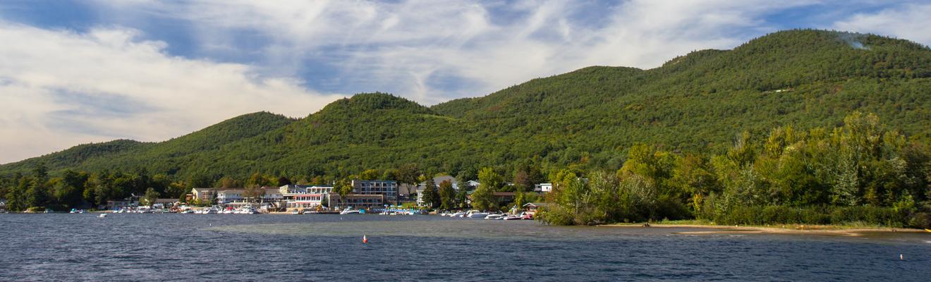 乔治湖酒店
