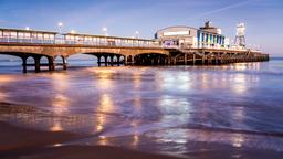 The Simon and Garfunkel Story附近的酒店