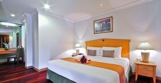 曼谷海军上将套房酒店 - 曼谷 - 睡房