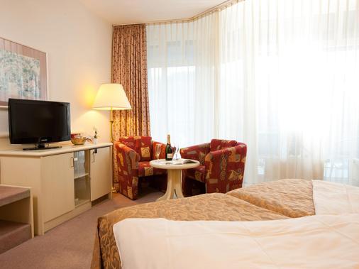 吕德斯海姆特劳贝酒店 - 吕德斯海姆 - 睡房