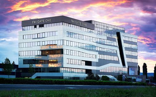 布拉迪斯拉发一号门nh酒店 - 布拉迪斯拉发 - 建筑