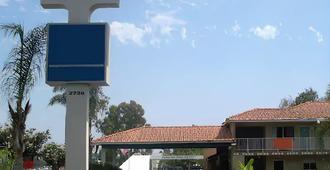 圣安娜市政中心酒店 - 圣安娜 - 建筑