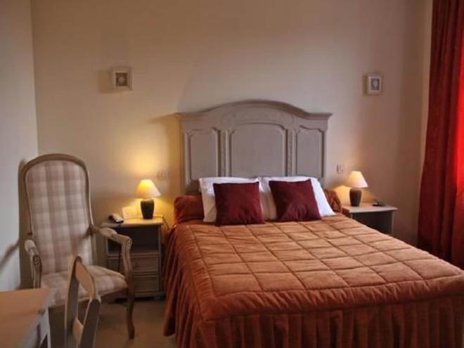 克洛斯吉利酒店 - 巴尼奥勒德日洛恩 - 睡房