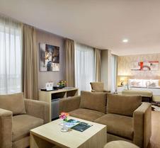 雅加达机场温德姆戴斯套房酒店