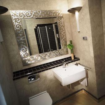 图恩酒店 - 法兰克福 - 浴室