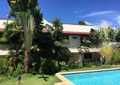 提普托普酒店 - 邦劳 - 游泳池