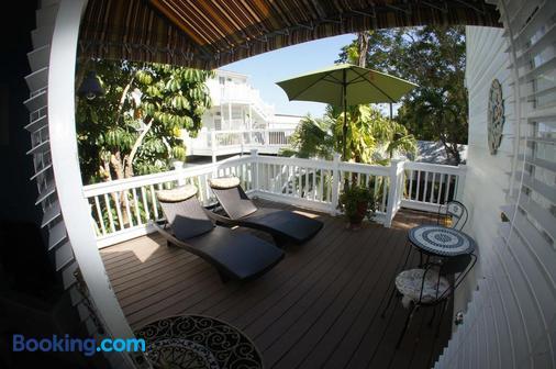 海景热带酒店 - 基韦斯特 - 阳台