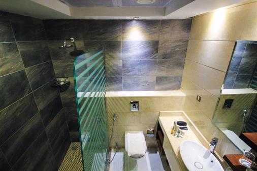 阿尔巴沙玫瑰公园酒店 - 迪拜 - 浴室