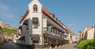 哈尔斯曼酒店 - 法尔肯堡