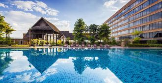 莲花酒店 - 清迈 - 游泳池