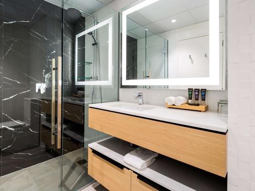 泰努伊汉密尔顿诺富特酒店 - 汉密尔顿 - 浴室