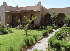 贾丹埃皮斯花园酒店 - 塔鲁丹特 - 建筑