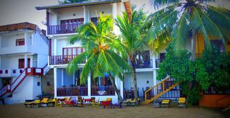 巴拿娜花园度假村 - 安瓦图那