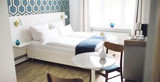 弗里茨普亚马酒店 - 汉堡 - 睡房