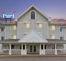 圣约翰旅行之家套房酒店