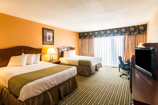 韦斯特医学中心品质酒店 - 阿马里洛 - 睡房