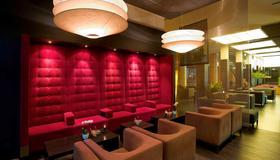 卡尔斯鲁厄城诺沃特酒店 - 卡尔斯鲁厄 - 休息厅