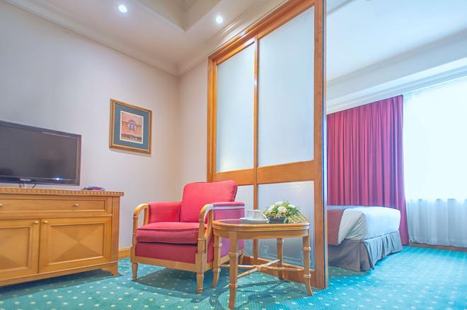 香港华大盛品酒店 - 香港 - 客厅