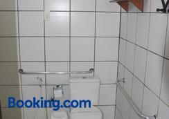 卡萨格兰德公寓酒店 - 纳塔尔 - 浴室
