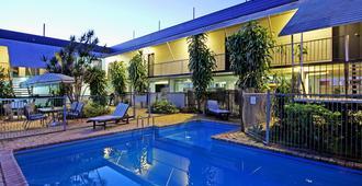 艾薇汽车旅馆 - 布里斯班 - 游泳池