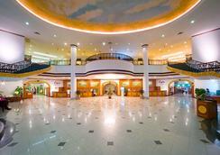 广州凯旋华美达大酒店 - 广州 - 大厅