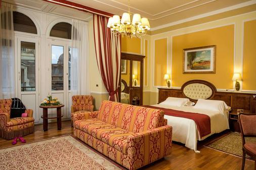 布里斯托宫殿酒店 - 热那亚 - 睡房