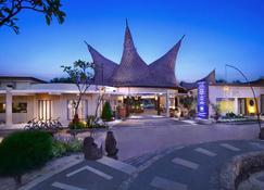 阿斯顿日落海滩度假村 - 吉利特拉旺安港 - 吉利特拉旺安 - 建筑