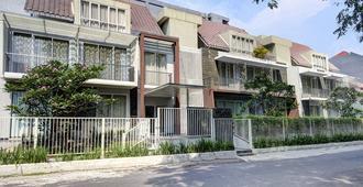 桑皮特flat06酒店 - 南雅加达 - 建筑