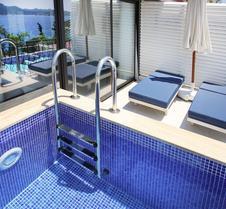 努尔海滩酒店
