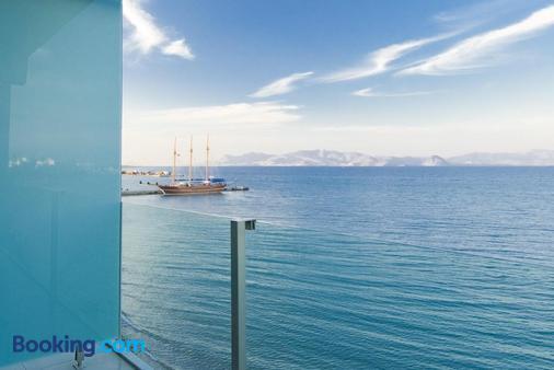 科斯阿克缇斯艺术酒店 - 科斯镇 - 海滩