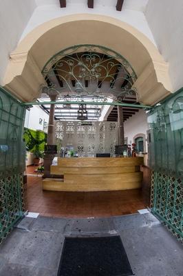何塞玛丽亚住宿加早餐旅馆 - 莫雷利亚 - 柜台