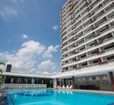 阿卡拉查普拉罗普水门市场公寓酒店