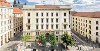 巴瑟罗布尔诺宫殿酒店 - 布尔诺