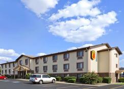 拉塞尔维尔速8酒店 - 拉塞尔维尔(阿肯色州) - 建筑