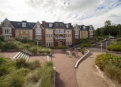 特顿格兰德酒店 - Burgh-Haamstede - 建筑