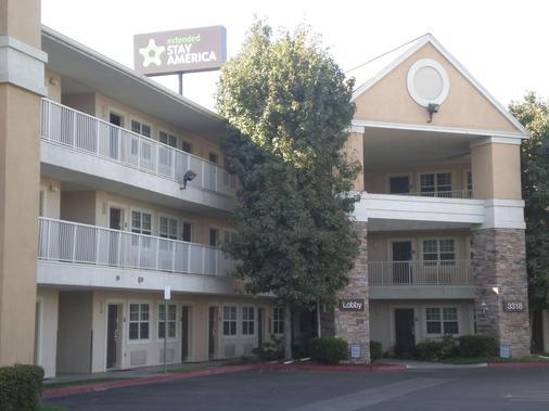 美国长住酒店 - 贝克斯菲尔德 - 加利福尼亚州大道 - 贝克斯菲尔德 - 建筑