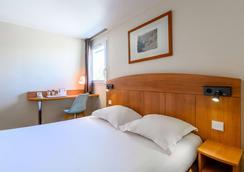 北亚眠康福特酒店 - 亚眠 - 睡房