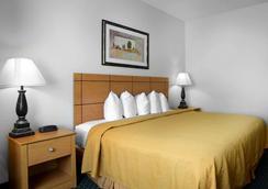 斯普林菲尔德品质套房酒店 - 斯普林菲尔德 - 睡房