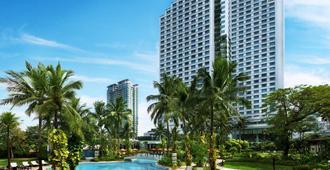 雅加达香格里拉酒店 - 雅加达 - 游泳池