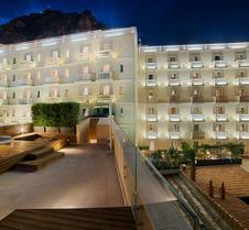陶尔米纳nh酒店