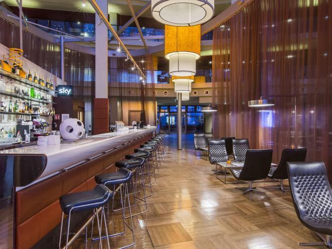 科隆丽笙酒店 - 科隆 - 酒吧