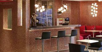 巴黎瓦格拉蒂凡尔赛门美居酒店 - 巴黎 - 酒吧