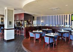 摄政普瑞米尔酒店 - 东伦敦 - 餐馆