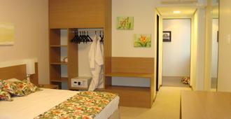 蓝树普利姆酒店 - 马瑙斯 - 睡房