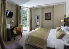 乐普拉斯酒店 - 安提伯 - 睡房