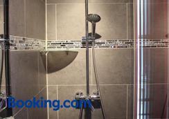 比特绍蒙酒店 - 巴黎 - 浴室