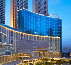 铂尔曼迦卡达中心公园酒店